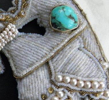 Rocaille- und Perlen-Restaurierung